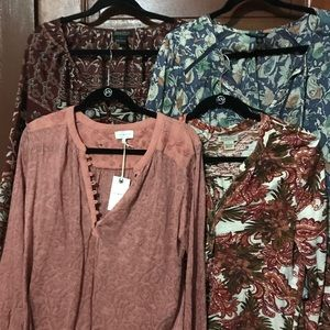 Lot of 4 LUCKY BRAND blouses/tops. Size Large